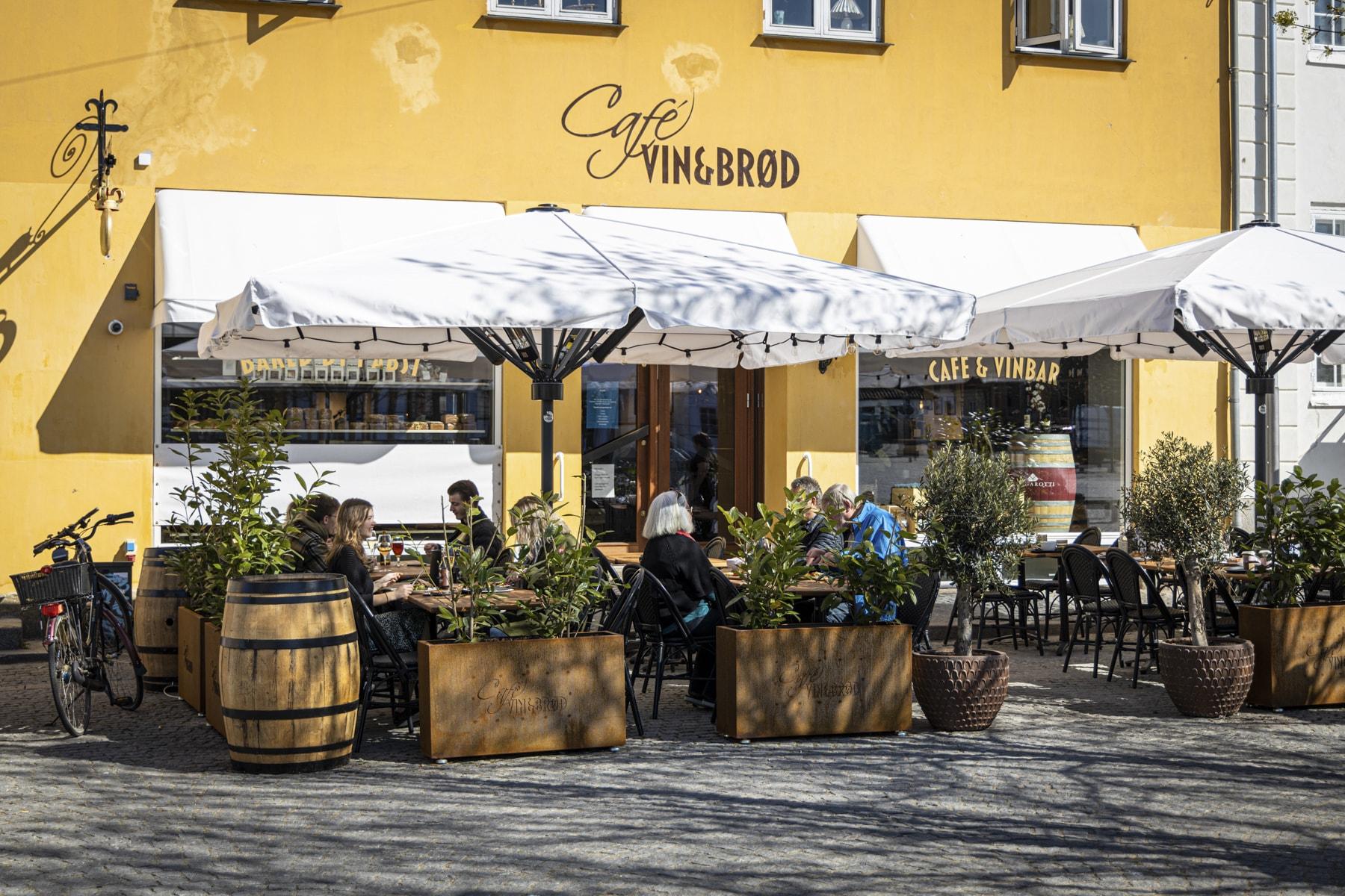 cafe-vin-og-brod-ubeskaaret-54